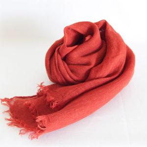 草木染め 柔らかリネンガーゼのストール《赤紅色》