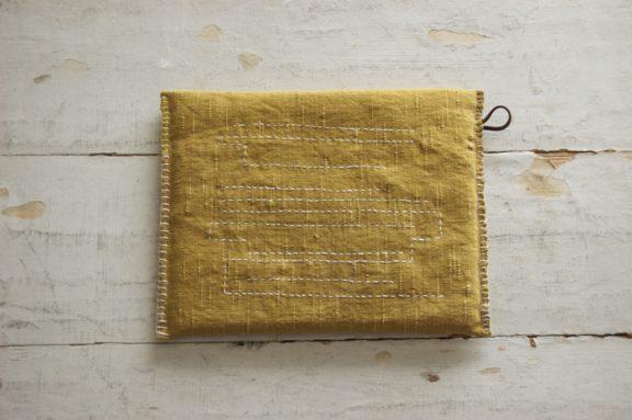 鍋敷き 草木染めのポットマット《マリーゴールド》