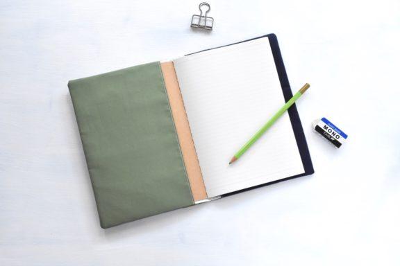 A5ノートカバー|草木染め モダンキルトのノートカバー #03