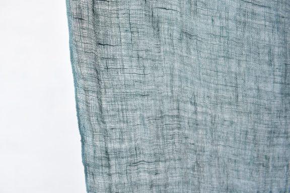 草木染めストール|秋冬用リネンガーゼのストール《ブルーグリーン》