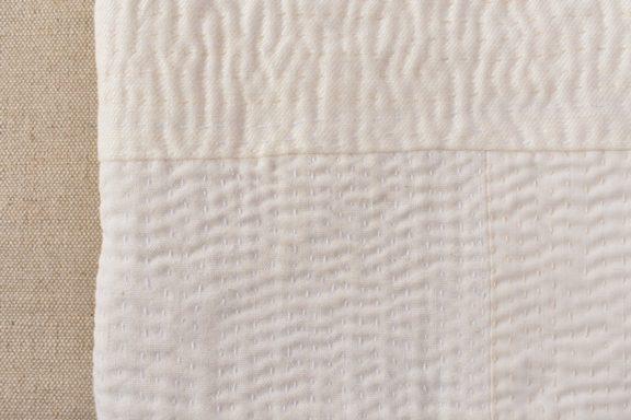モダンキルトの湯たんぽ ステッチ × ナチュラル
